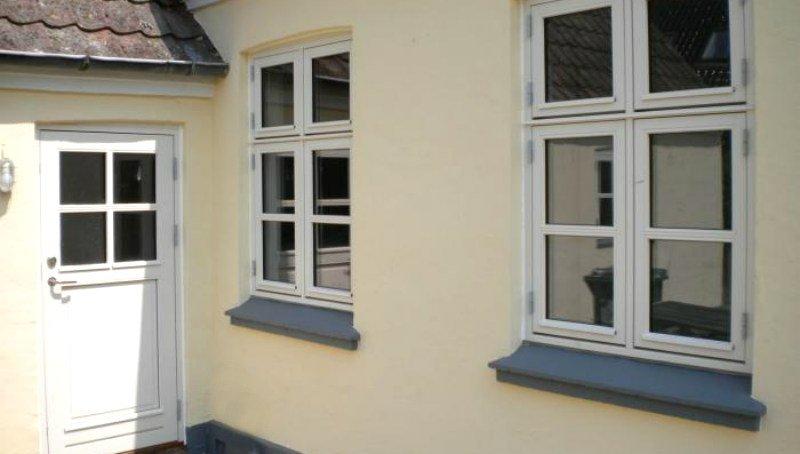 Nye vinduer og døre i ældre huse, øger værdien